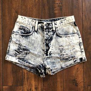 LF CARMAR Acid Wash Denim Distressed Shorts (26)